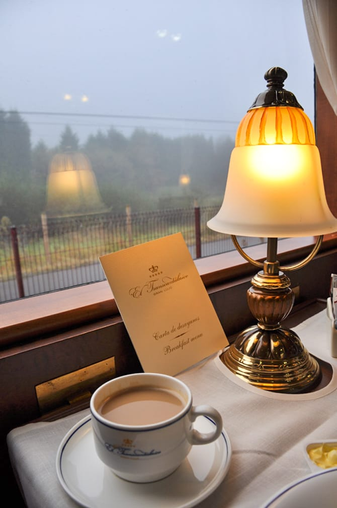 Coffee and breakfast menu on the El Transcantábrico Gran Lujo: Santiago-San Sebastián Luxury Train journey