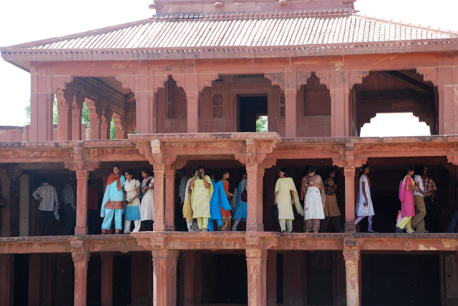 Fatephur Sikri girls on the second floor of a building