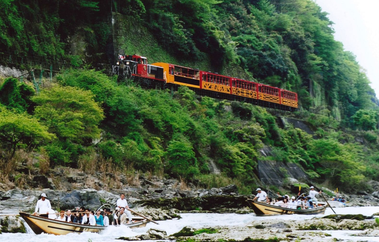 Scenic ride in the eastern Kyoto mountains on the Sagano Romantic Train. Photo courtesy of West Japan Railway Company