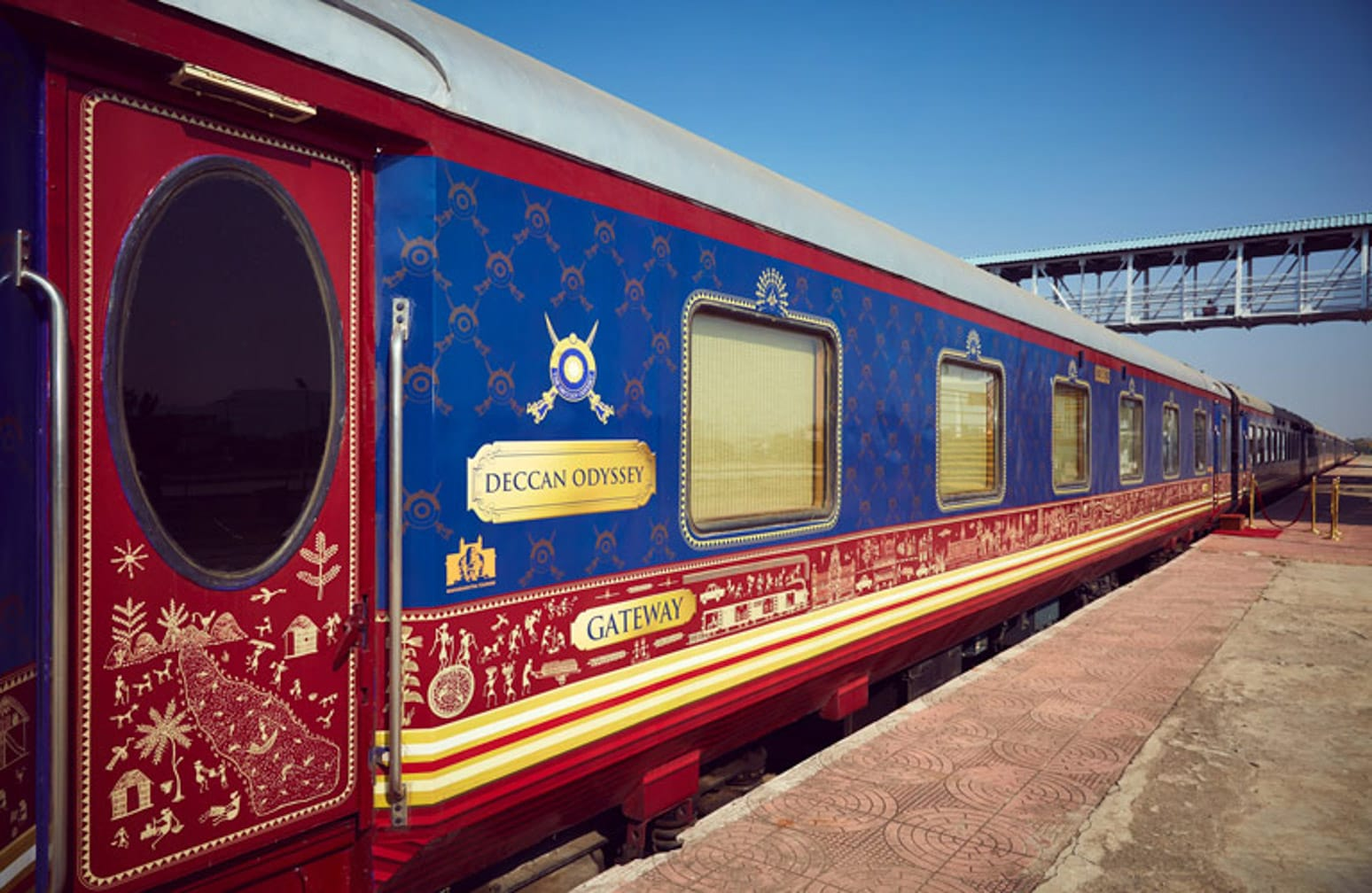 exterior of train on the Darjeeling Mail: Mumbai to Kolkata by Luxury Deccan Odyssey Train journey