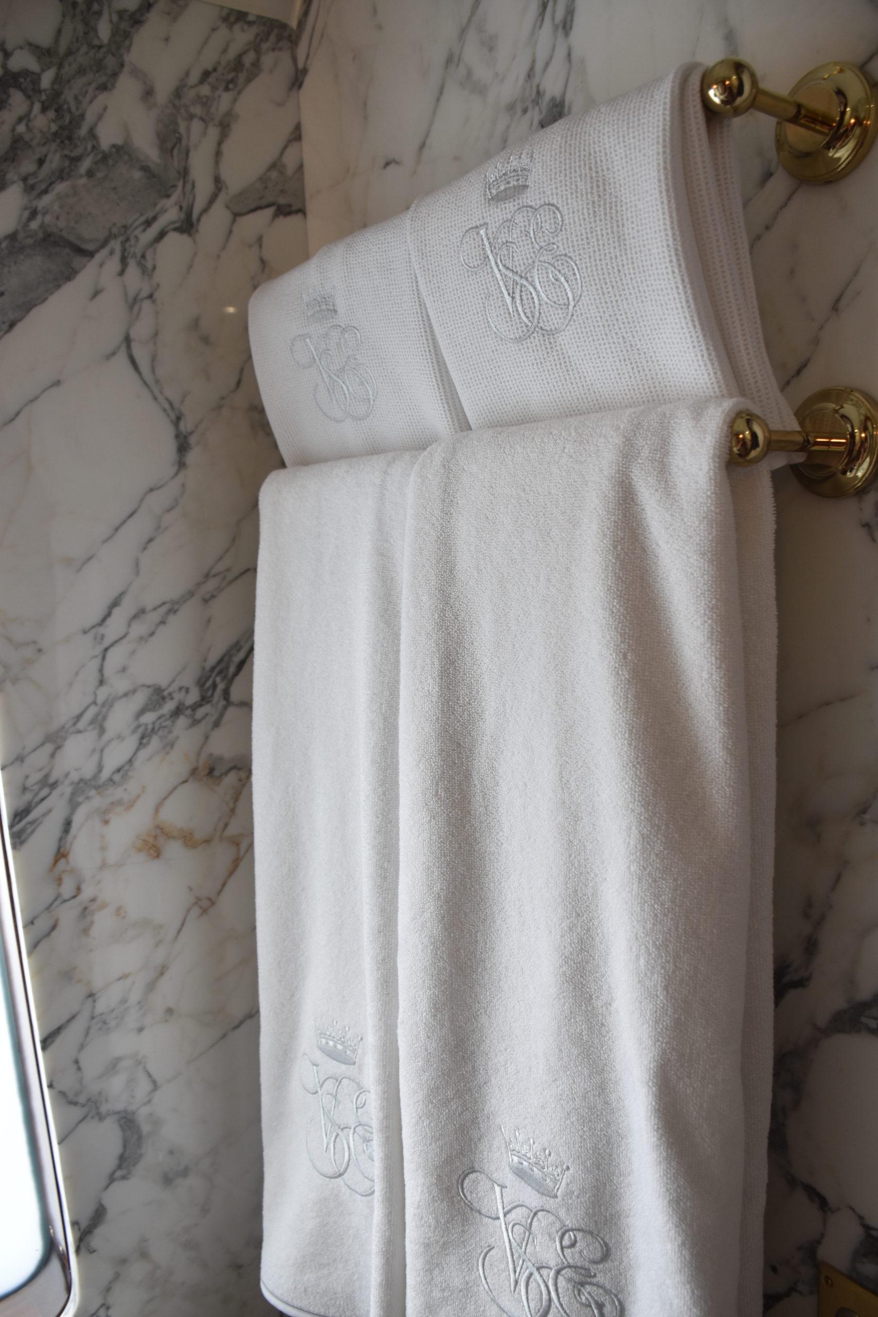 aaa - towels