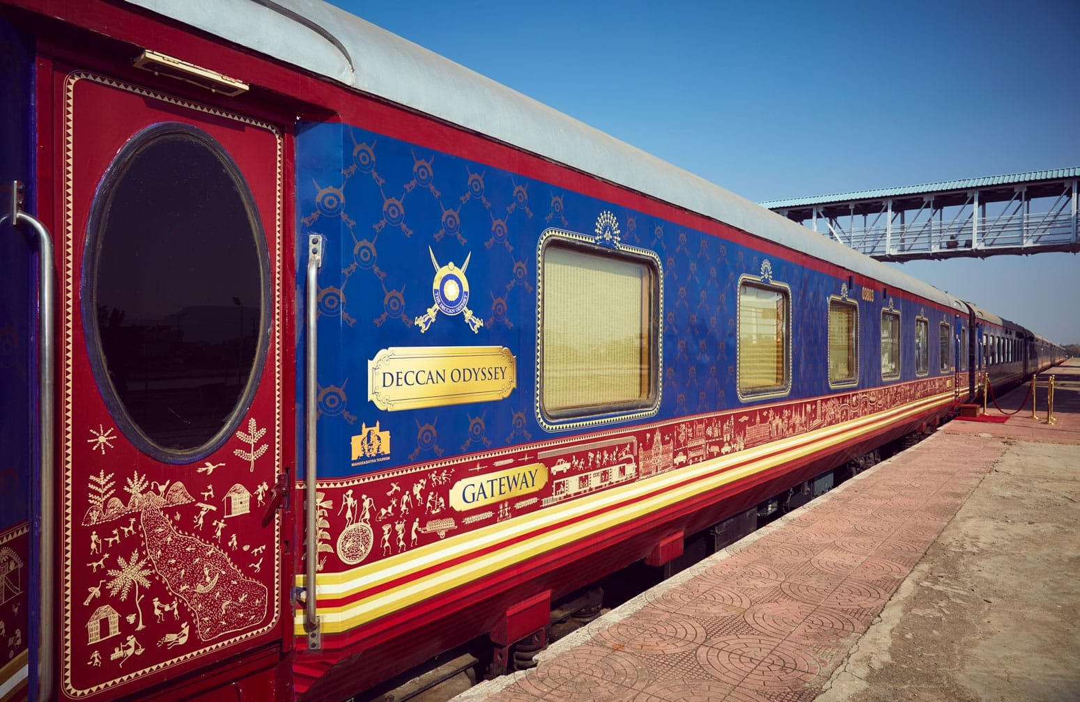 Train on the Madras Mail: Mumbai to Hyderabad by Luxury Deccan Odyssey Train journey