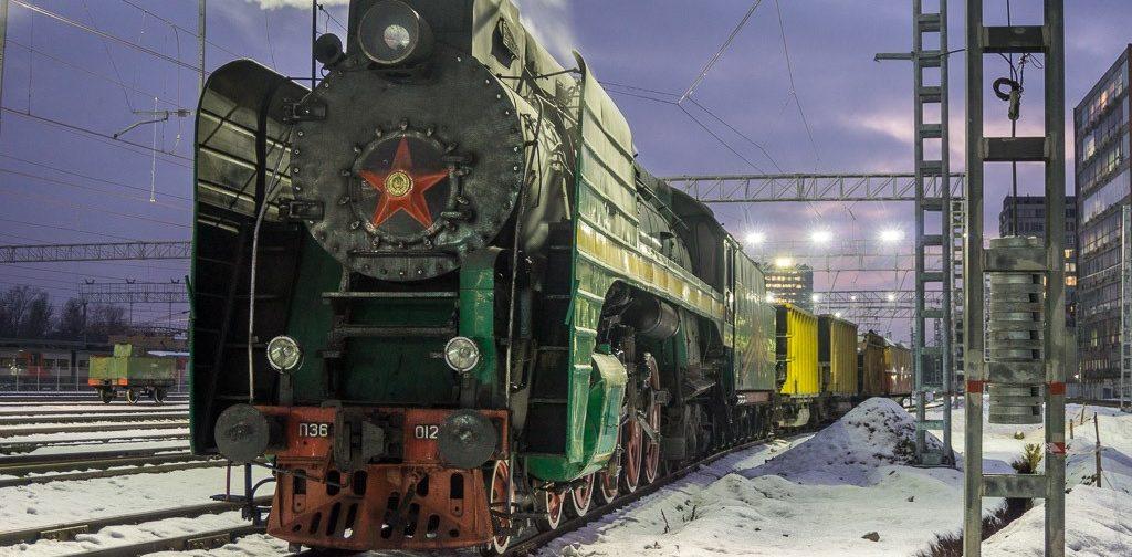 Winter wonderland by steam engine P36 in the snow.
