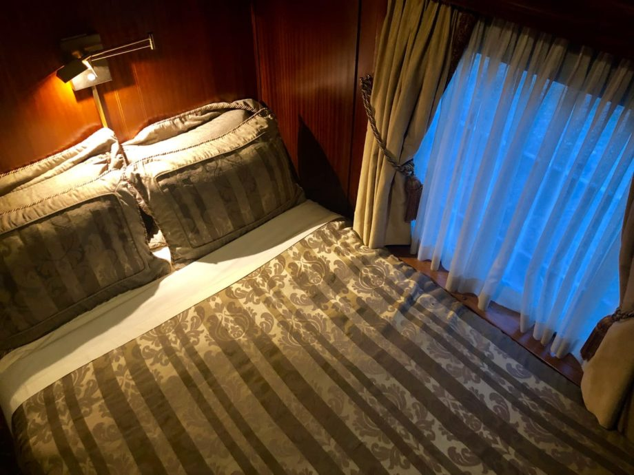 Double bedded cabin on the Royal Canadian Pacific train
