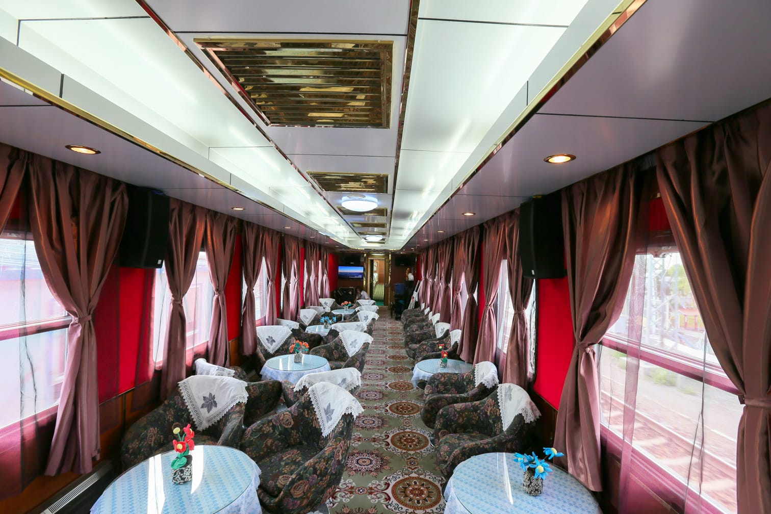 Interior of the Bar Lounge car